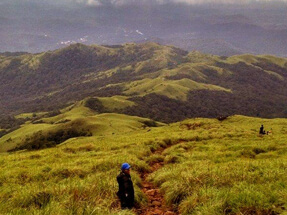 best-trekking-places-in-karnataka